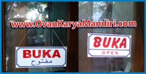 Acrylic Buka Tutup + Rantai gantungan - OvanKaryaMandiri Advertising di Tlogomas malang