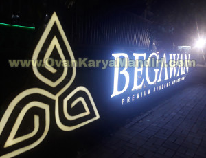 Huruf Timbul Letter sign Acrylic Led Nyala Bersinar 3D - OvanKaryaMandiri Advertising Raya Tlogomas Malang